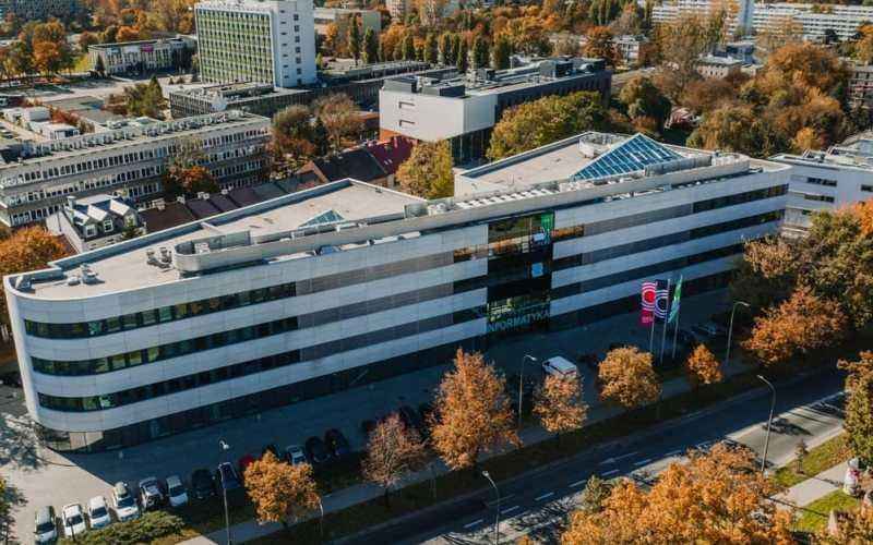 Instytuty na Wydziale IET
